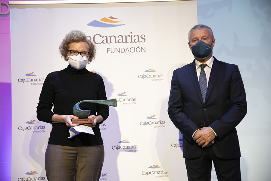 20201211_cajacanarias_premio_artes_22