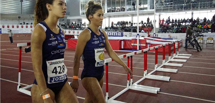 Paola Sarabia y Yanira Soto